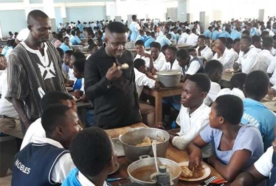 A/R: CID probes Prempeh College head, 52 others over 'food for cash'