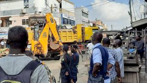 Read more about the article Accra: Decongestion exercise hits Abossey-Okai