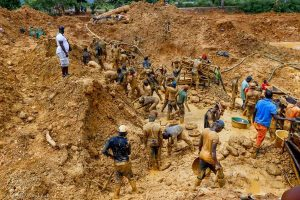 A/R: Police arrests 2 illegal miners