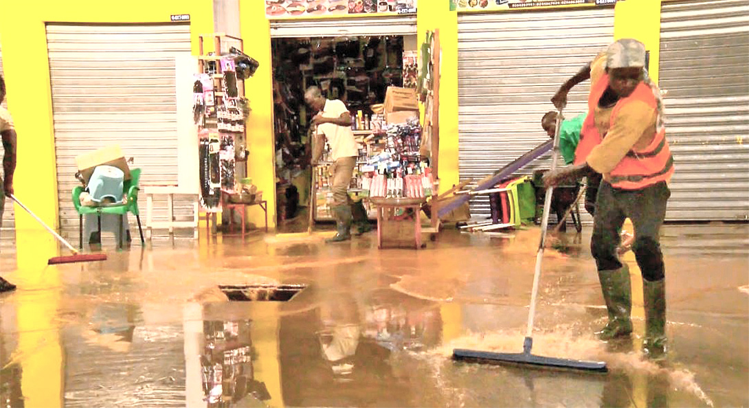 You are currently viewing A/R: Kejetia traders demand insurance claims following floods
