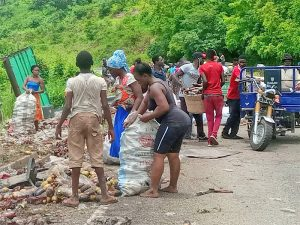 Read more about the article Mad rush for accident drinks at Asukawkaw mountain