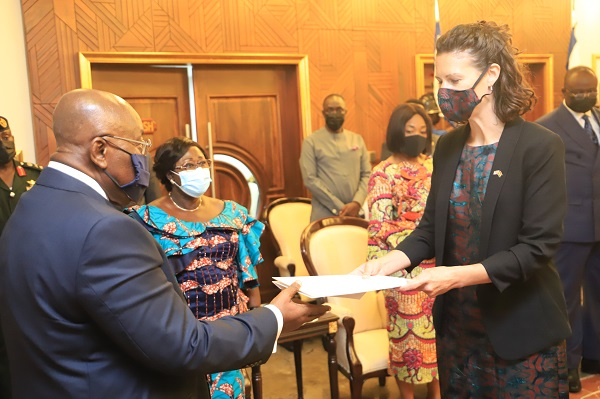 President Akufo-Addo receives credentials of five envoys