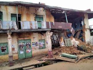 Read more about the article Fire consumes Akyem Oda Chief Palace