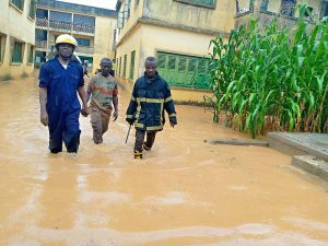 Read more about the article Downpour wreaks havoc in parts of Cape Coast