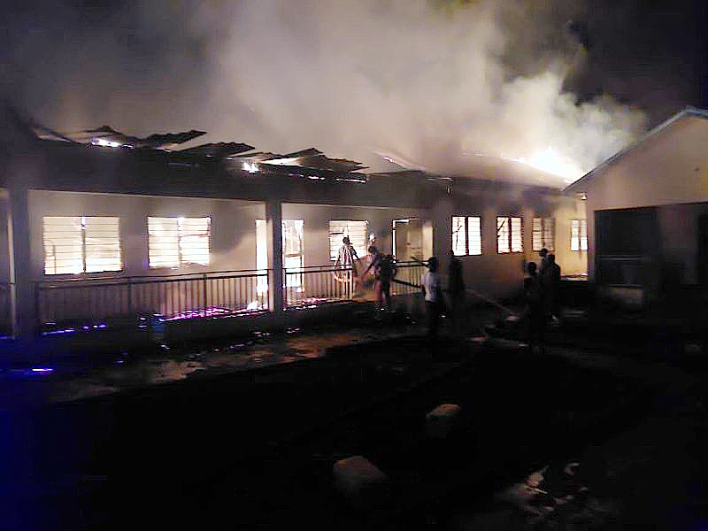 You are currently viewing Fire guts Nyinahin Catholic SHS boys' dormitory